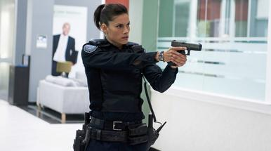 axn-female-cops-1600x900